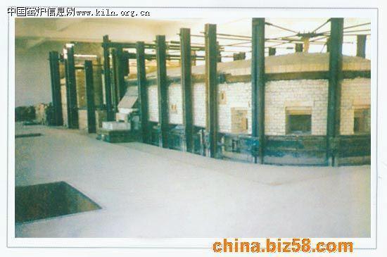全煤气马蹄焰蓄热室单升道玻璃窑炉